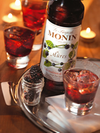 MONIN Blackberry syrup (700ml)
